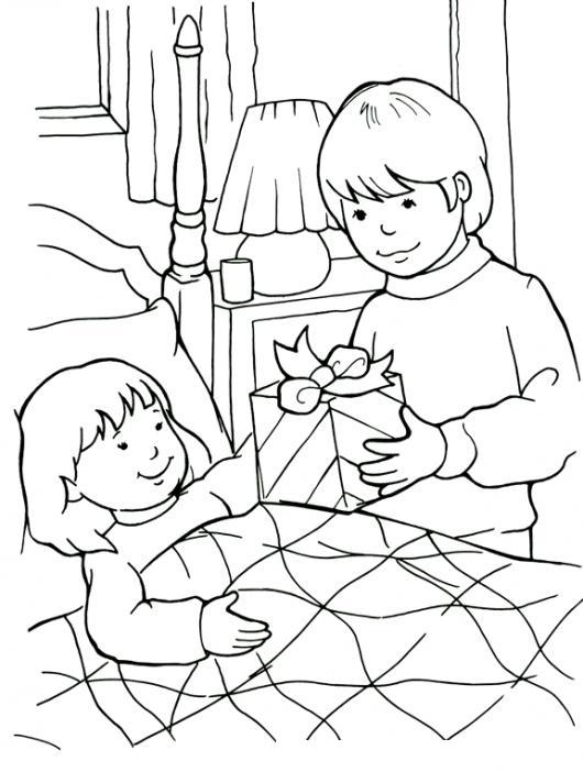 Dibujo De Hermanito Llevando Un Regalo A Su Hermanita Enferma En ...